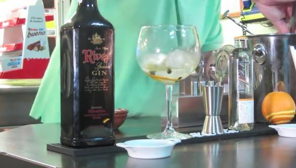 Cómo preparar un gin tonic con chocolate