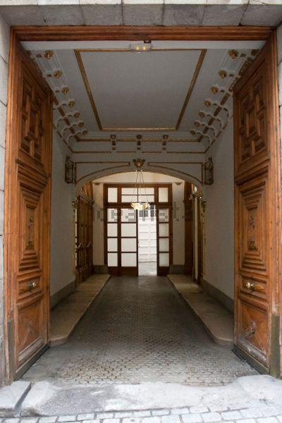 Inmueble en edificio histórico artístico de Madrid, antiguo convento, muy representativo