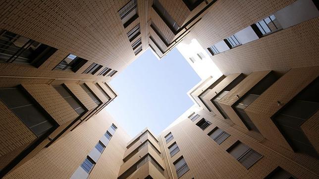 Trámites para un extranjero que quiera comprar una vivienda en España