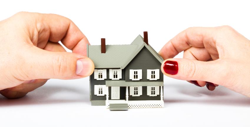 Cómo repartir un inmueble indivisible con los menores gastos posibles: herencias, divorcios…