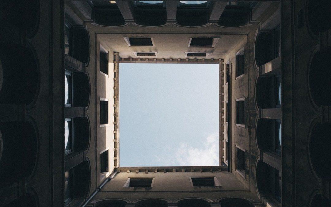 ¿Cuáles son las obligaciones del uso privativo de un elemento común?