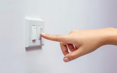 ¿Cómo contratar luz por primera vez cuando llegas a tu nuevo hogar?